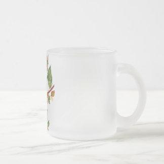 Gato en una rama taza cristal mate
