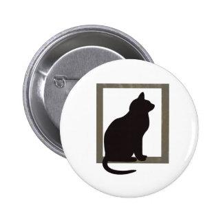 Gato en ventana pin redondo de 2 pulgadas