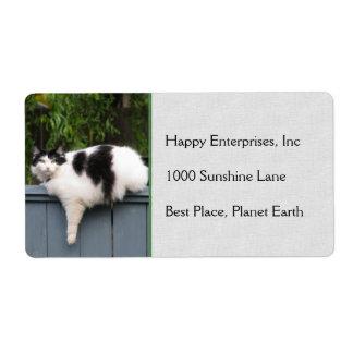 Gato gordo en la cerca etiqueta de envío