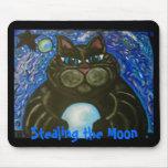 Gato gordo que roba la luna mousepads