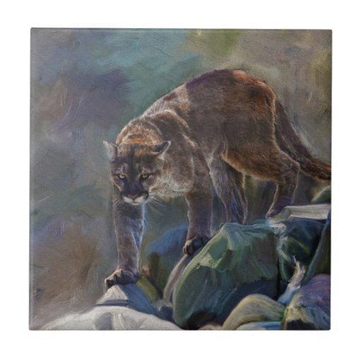 Gato grande del león de montaña del puma que pinta azulejos