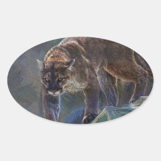 Gato grande del león de montaña del puma que pinta pegatina ovalada