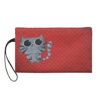 Gato gris lindo con los ojos morados grandes