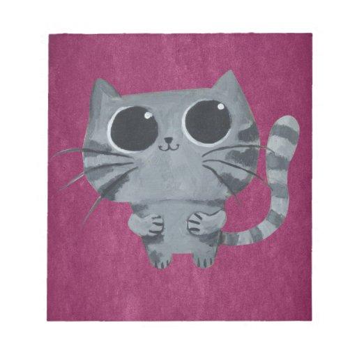 Gato gris lindo con los ojos morados grandes libreta para notas