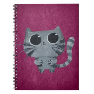 Gato gris lindo con los ojos morados grandes cuaderno