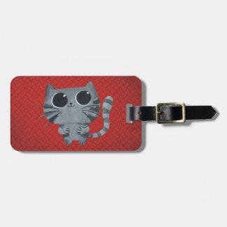 Gato gris lindo con los ojos morados grandes etiqueta para maleta