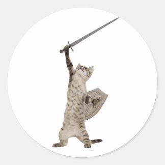Gato heroico del caballero del guerrero pegatina redonda