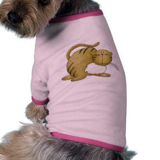 Gato juguetón camiseta de perro