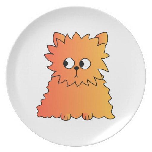 Gato largo anaranjado lindo del pelo plato para fiesta