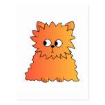 Gato largo anaranjado lindo del pelo postal