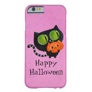 Gato lindo de Halloween con la calabaza Funda Barely There iPhone 6
