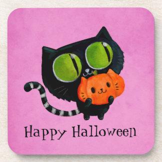 Gato lindo de Halloween con la calabaza Posavasos