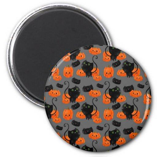 Gato lindo de Halloween con las calabazas Imán Redondo 5 Cm