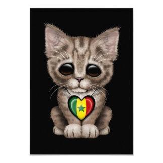 """Gato lindo del gatito con el corazón de la bandera invitación 3.5"""" x 5"""""""