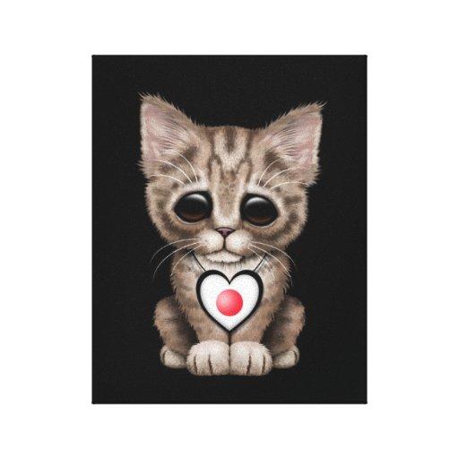 Gato lindo del gatito con el corazón japonés de la impresión en lienzo estirada