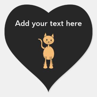 Gato lindo del jengibre. Historieta anaranjada del Pegatina En Forma De Corazón