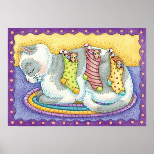 Gato lindo del navidad que duerme con los ratones  poster