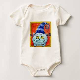 Gato mágico con el gorra de hadas mamelucos de bebé