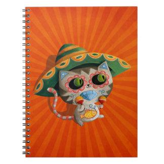 Gato mexicano con el sombrero libreta espiral