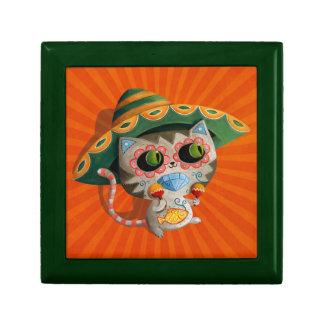 Gato mexicano con el sombrero joyero cuadrado pequeño