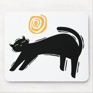 Gato negro afortunado mousepads