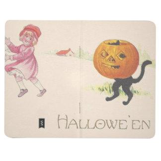 Gato negro asustado de la linterna de Jack O del Cuadernos