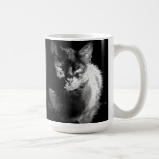 Gato negro brillante taza