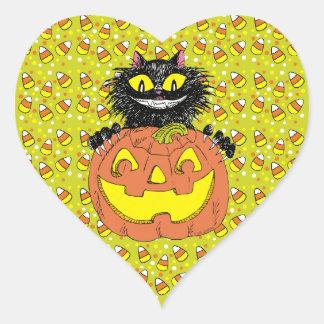 Gato negro con la linterna de Jack O en cal Pegatina En Forma De Corazón