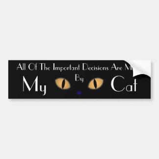 Gato negro con los ojos anaranjados grandes pegatina para auto