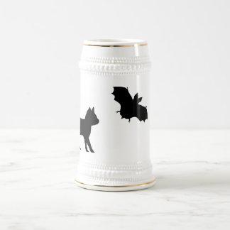 Gato negro con murciélago taza de café
