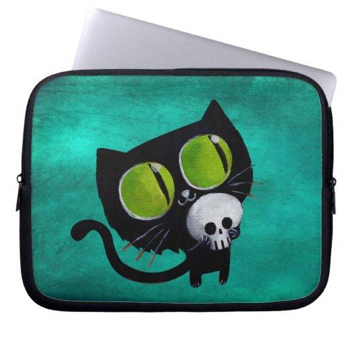 Gato negro de Halloween con el cráneo Funda Computadora