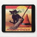 Gato negro de Halloween del vintage Tapetes De Ratón
