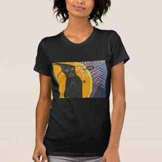 Gato negro de IMG_4104.JPG en un gorra Camisetas