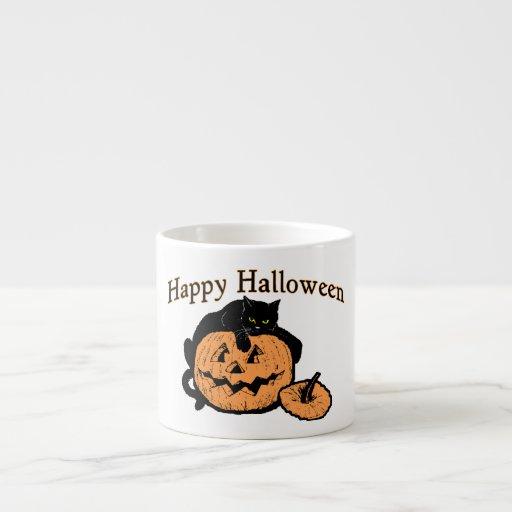 Gato negro del feliz Halloween en la calabaza Tazitas Espresso