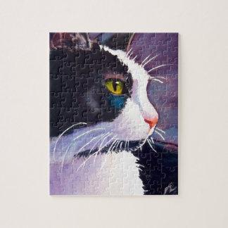 Gato negro del smoking en humor tempestuoso rompecabezas con fotos