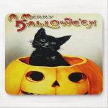 Gato negro en la linterna de Jack O Alfombrillas De Ratones