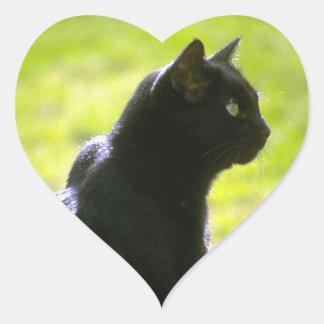 Gato negro en perfil calcomanía de corazón personalizadas