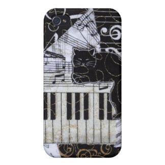 Gato negro en un teclado iPhone 4 coberturas