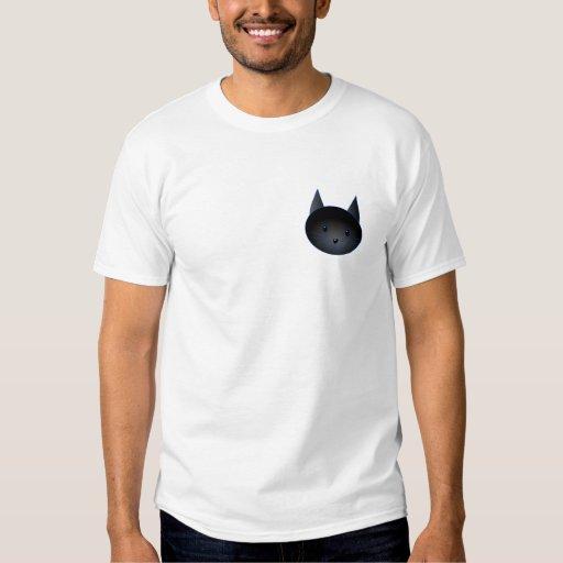 Gato negro lindo. Ejemplo del dibujo animado del Playeras