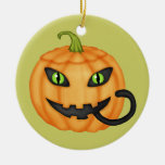 Gato negro que oculta en el ornamento de Halloween Ornamento De Navidad