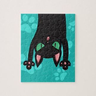 Gato negro que salta puzzle