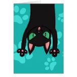 Gato negro que salta tarjeta