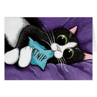 Gato negro y blanco con la almohada del Catnip - a Tarjeta De Felicitación