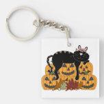 Gato negro y calabazas llavero