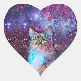 Gato orgulloso con el fondo del espacio pegatina en forma de corazón