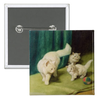 Gato persa blanco con dos gatitos pin cuadrado