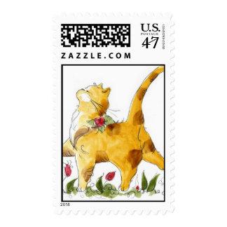 Gato que camina en macizo de flores sellos postales