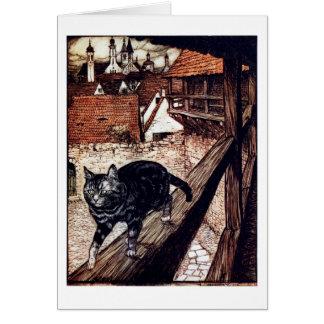 Gato que camina en una verja tarjeta de felicitación