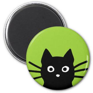 Gato que mira a escondidas negro imán redondo 5 cm