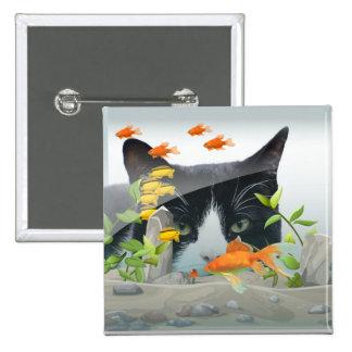 Gato que mira en acuario pin cuadrado